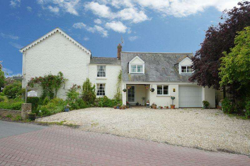 9 Bedrooms Detached House for sale in THORNHILL ROAD, SOUTH MARSTON