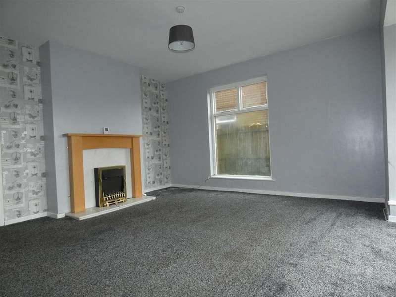 3 Bedrooms Semi Detached House for sale in Tonbridge Close, Wibsey, Bradford, BD6 3RS