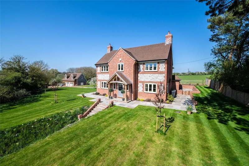 5 Bedrooms Detached House for sale in Monxton, Hampshire, SP11