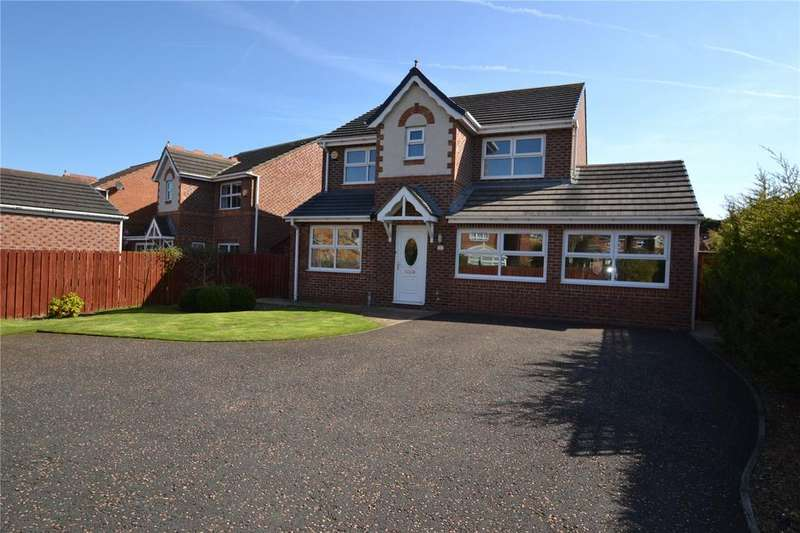 4 Bedrooms Detached House for sale in Joyce Grove, Peterlee, Co.Durham, SR8