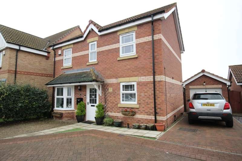 4 Bedrooms Detached House for sale in Twigg Crescent, Armthorpe, Doncaster, DN3