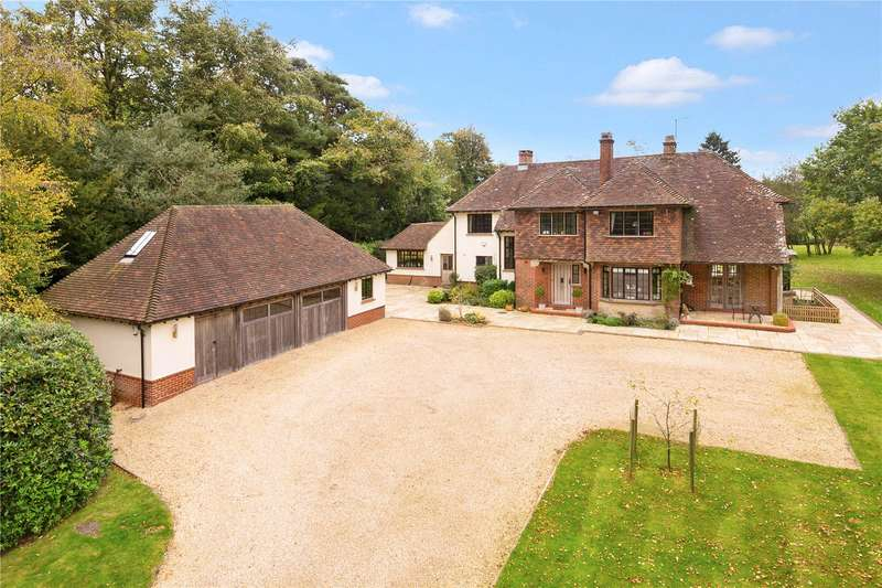 5 Bedrooms Detached House for sale in Selsfield Common, East Grinstead, West Sussex, RH19