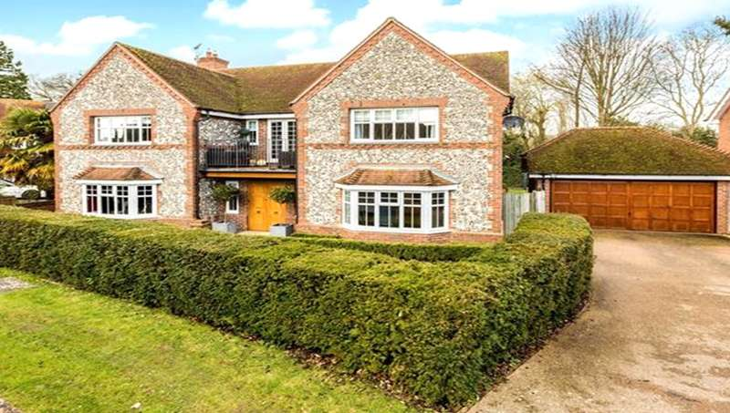 5 Bedrooms Detached House for sale in Willow Drive, Maidenhead, Berkshire, SL6