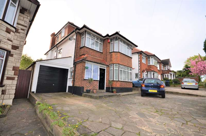 5 Bedrooms Detached House for sale in Woodcock Hill, Harrow, HA3 0JL