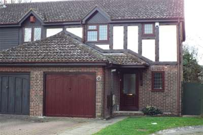 3 Bedrooms House for rent in Gleneagles Drive, Maidstone
