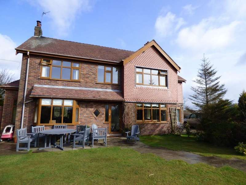5 Bedrooms Detached House for sale in Ribby Road, Wrea Green