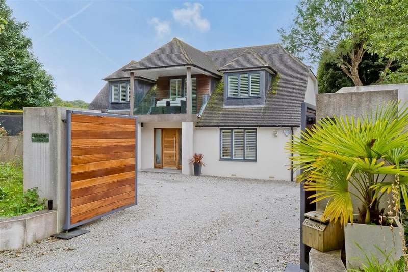 4 Bedrooms Detached House for sale in Braypool Lane, Patcham, Brighton