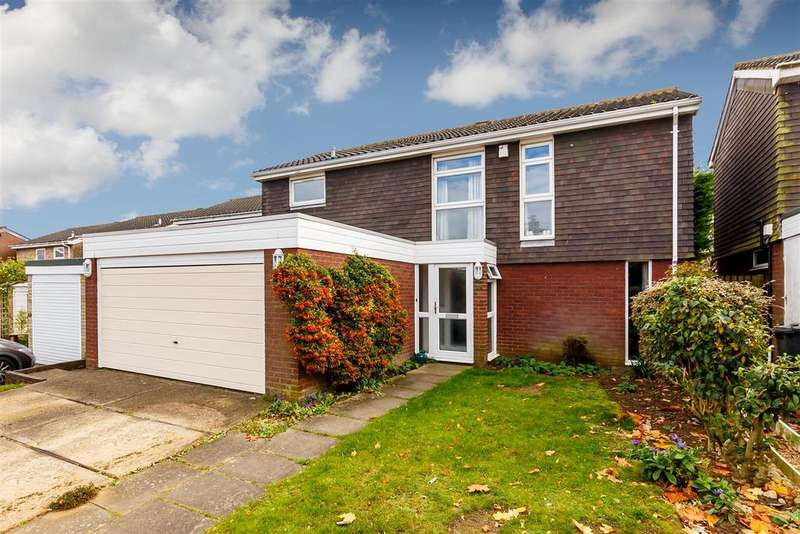 4 Bedrooms Detached House for sale in Blackmore, Letchworth Garden City