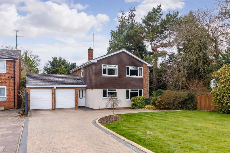4 Bedrooms Detached House for sale in Cashio Lane, Letchworth Garden City