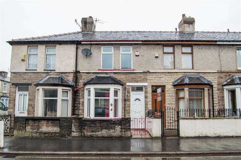 3 Bedrooms Terraced House for sale in Lyndhurst Road, Burnley