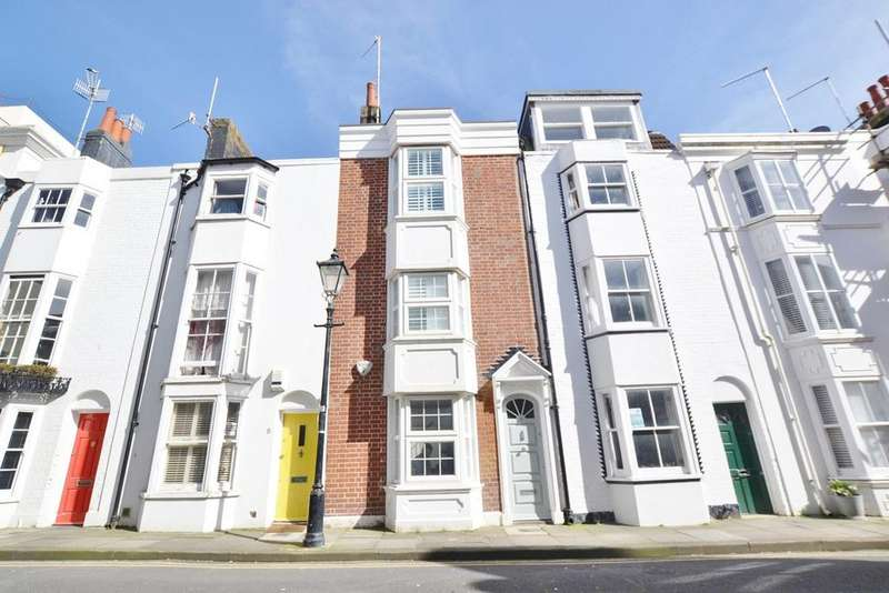 3 Bedrooms House for rent in Wyndham Street, Brighton, BN2