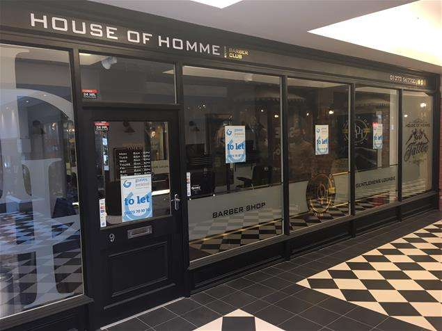 Property for rent in 9 East Street Arcade, Brighton