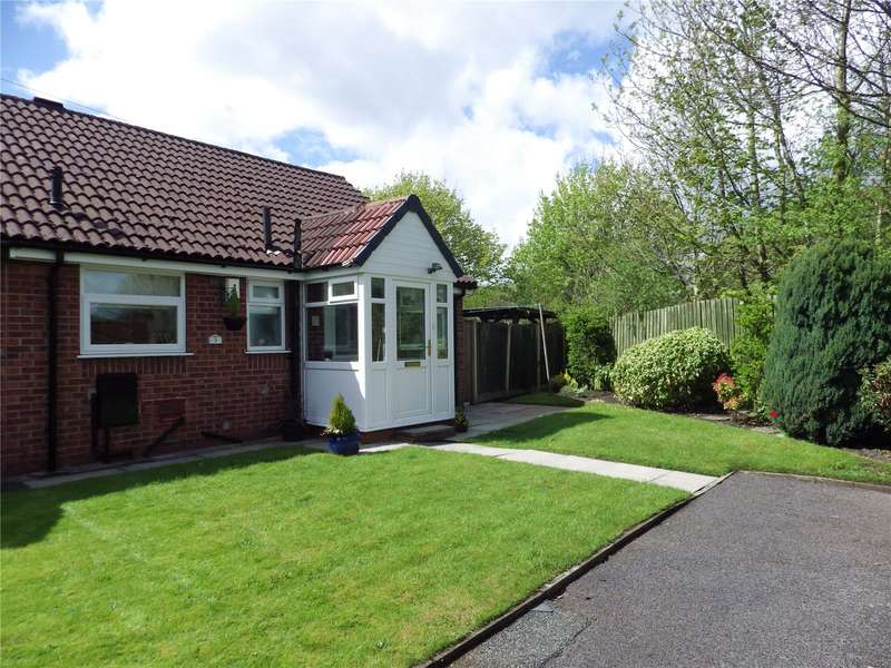 2 Bedrooms Bungalow for sale in Bishop Close, Ashton-under-Lyne, Greater Manchester, OL7