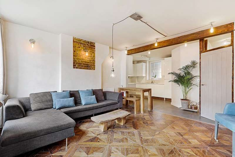 3 Bedrooms Apartment Flat for sale in Franklin House, Watts Street, London, London, E1W 2PY