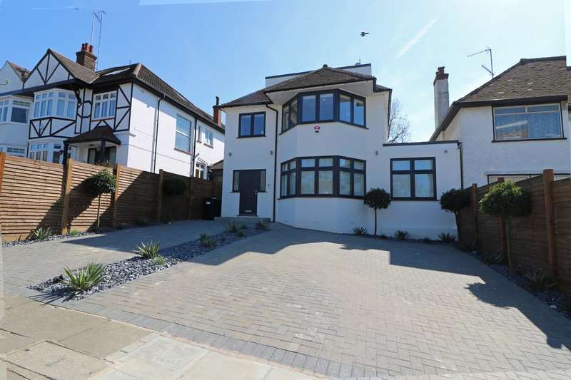 5 Bedrooms Detached House for sale in Wickliffe Avenue, London