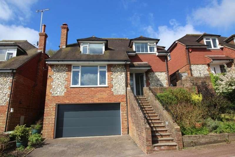 4 Bedrooms Detached House for sale in Willingdon Village, Eastbourne BN20
