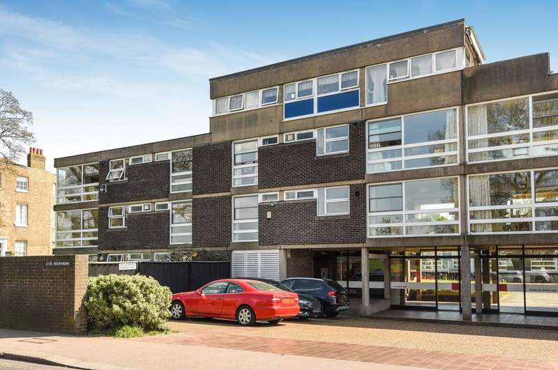 3 Bedrooms Flat for sale in South Row London SE3