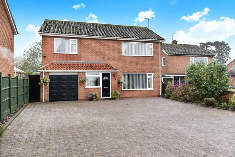 4 Bedrooms Detached House for sale in Vicarage Lane, Carlton-Le-Moorland, LN5
