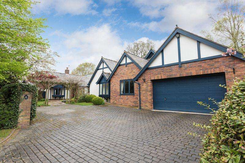 5 Bedrooms Bungalow for sale in Large bungalow with lovely views in Great Warford near Alderley Edge