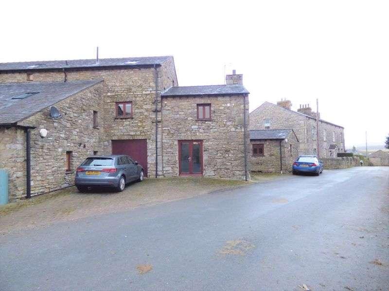 3 Bedrooms Property for sale in Meathop, Grange-Over-Sands