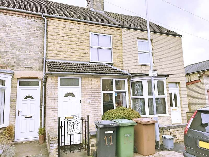4 Bedrooms Terraced House for sale in South Parade, Peterborough, Cambridgeshire. PE3 6BG