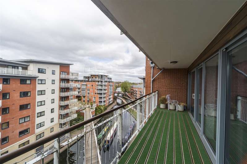 3 Bedrooms Penthouse Flat for sale in Sheepcote Street, Birmingham