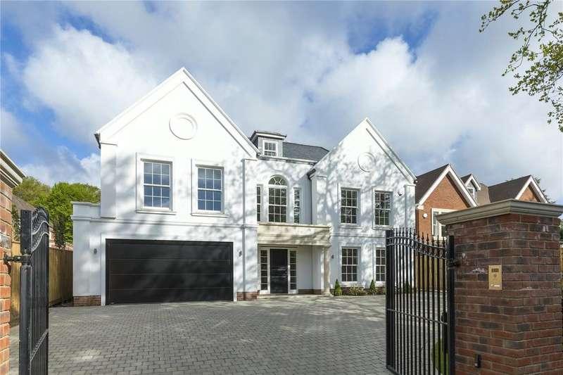 5 Bedrooms Detached House for sale in Water Lane, Cobham, Surrey, KT11