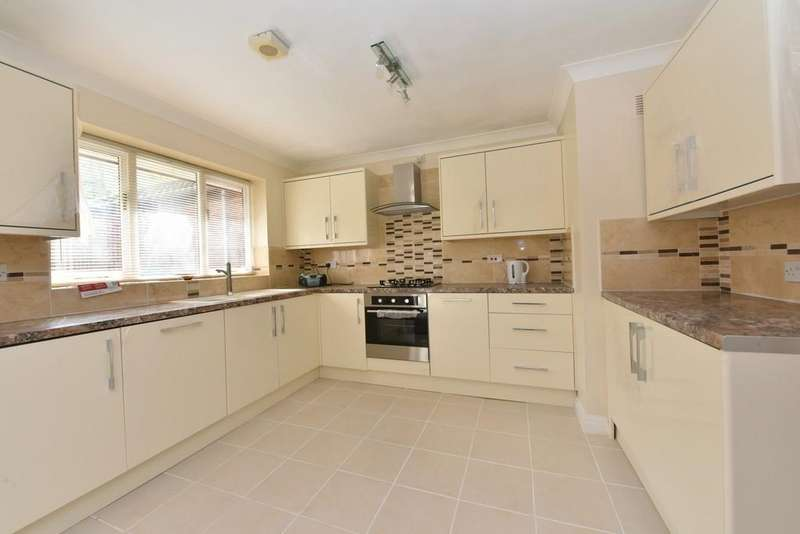3 Bedrooms Detached Bungalow for sale in Maplewood, Ashurst