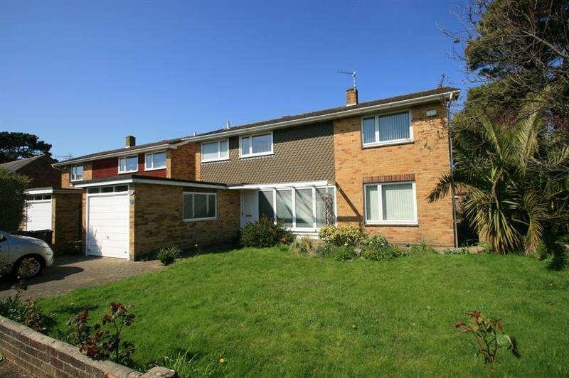 3 Bedrooms Detached House for sale in Langbrook Close, Langstone, Havant