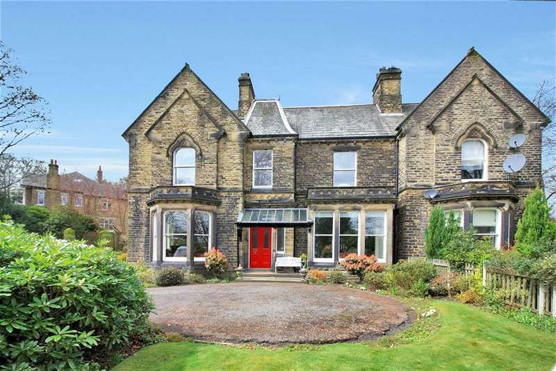 3 Bedrooms Apartment Flat for sale in Thornhill Road Flat A, Edgerton, Huddersfield