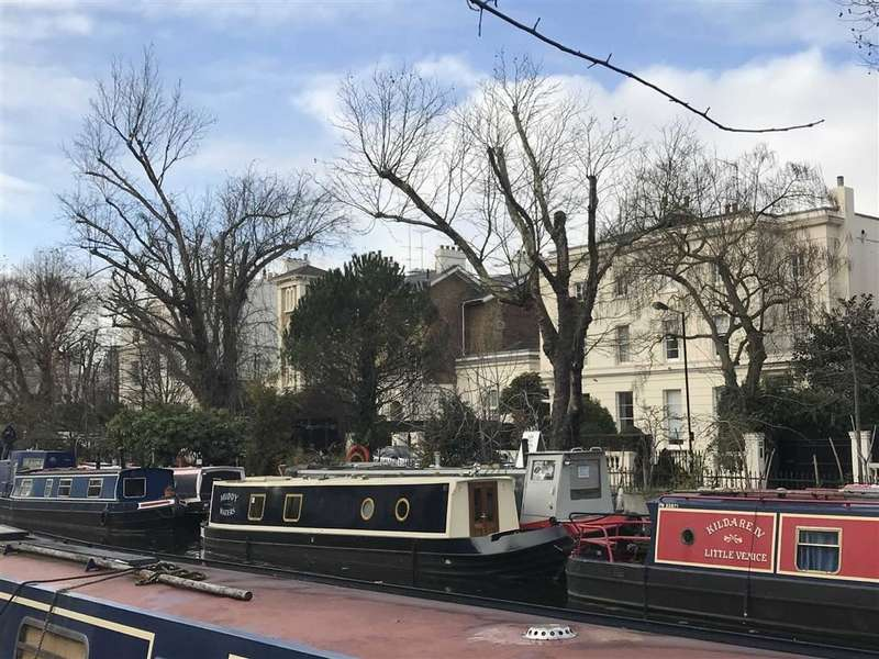 1 Bedroom House Boat Character Property for sale in Canal Boat, Blomfield Road, London, W9