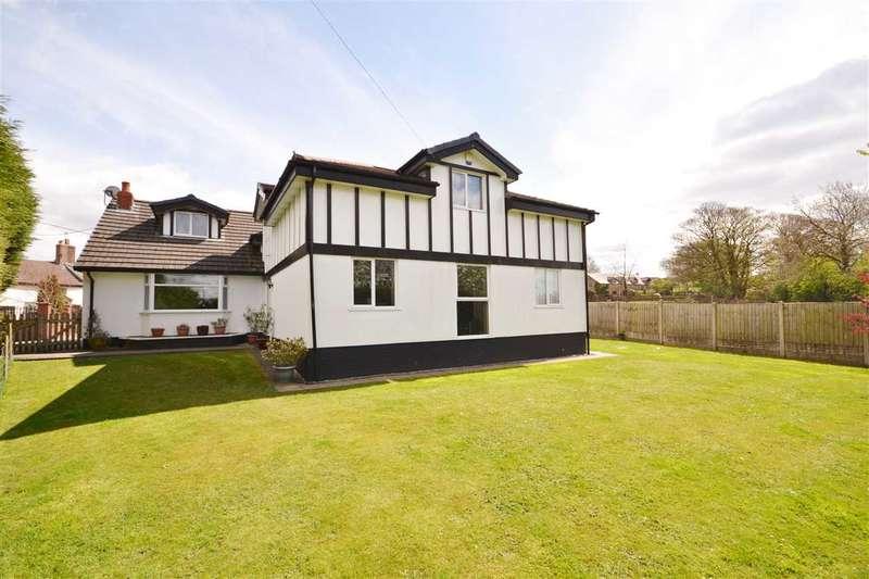 4 Bedrooms Detached House for sale in Green Bank, Fishwick Lane, Higher Wheelton, Chorley