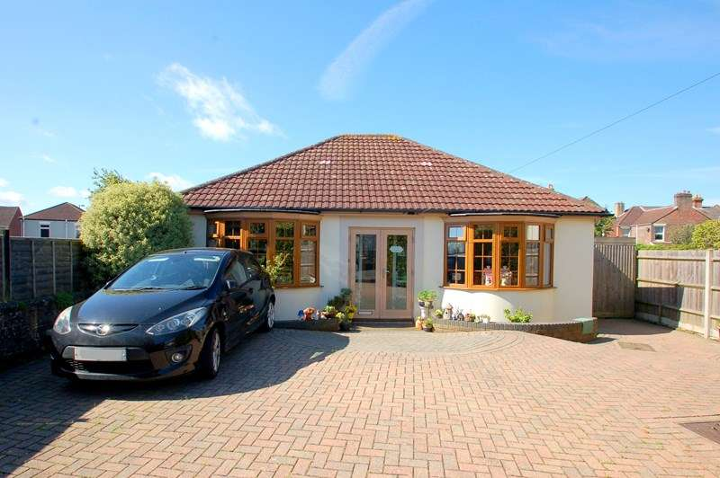 2 Bedrooms Detached Bungalow for sale in Highfield Road, Gosport