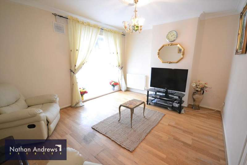3 Bedrooms Terraced House for sale in Hemlock Road, Shepherds Bush, London W12