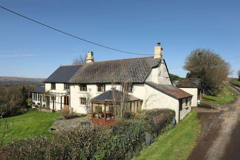 5 Bedrooms Detached House for sale in Drewsteignton, Exeter