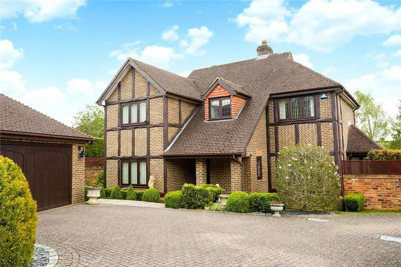 4 Bedrooms Detached House for sale in Pilgrims Place, Reigate, Surrey, RH2