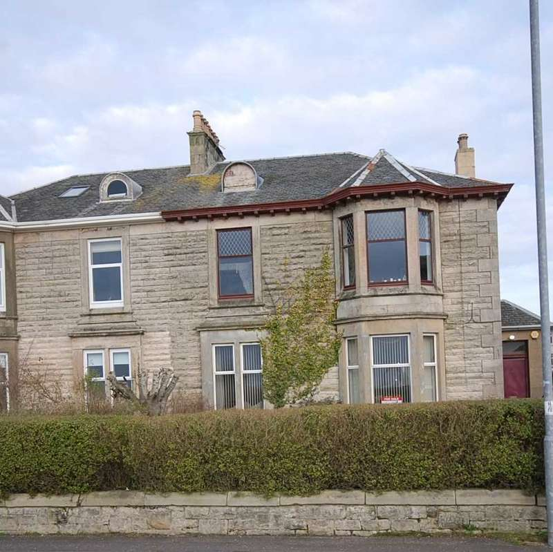 3 Bedrooms Apartment Flat for sale in North Crescent Road, Ardrossan