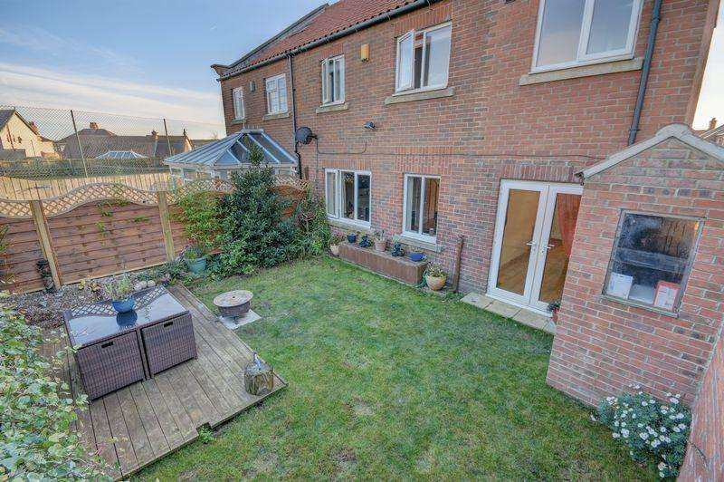 5 Bedrooms Semi Detached House for sale in Pond Farm Close, Hinderwell