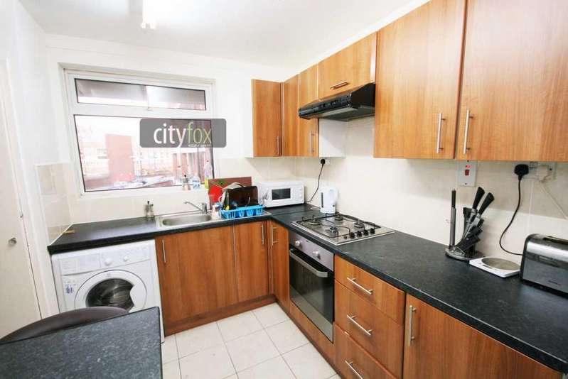 3 Bedrooms Maisonette Flat for sale in Aitham House, Copenhagen Place, Docklands - Canary Wharf, E14