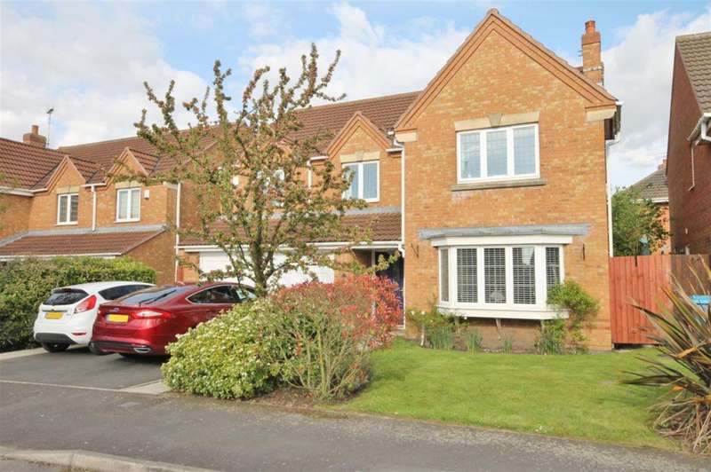 5 Bedrooms Detached House for sale in Falkirk Avenue, Widnes, WA8 9DX