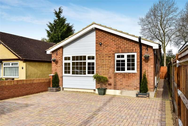 4 Bedrooms Detached Bungalow for sale in College Road, College Town, Sandhurst, Berkshire, GU47