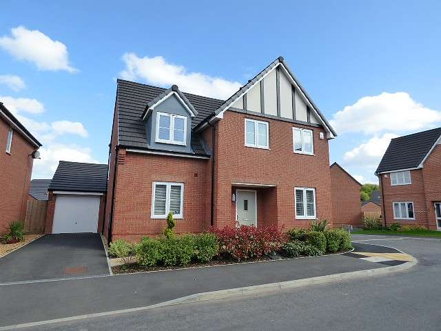 4 Bedrooms Detached House for sale in Volans Drive, Westbrook, Warrington