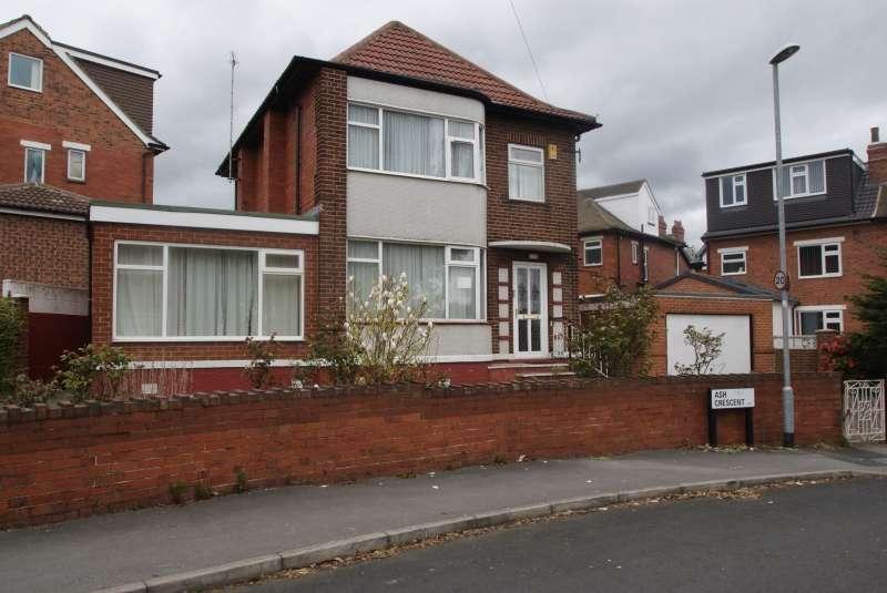 4 Bedrooms Terraced House for rent in Ash Crescent, Headingley, Leeds