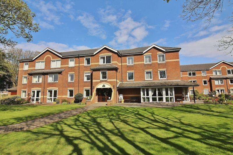 2 Bedrooms Retirement Property for sale in Chase Close, Birkdale