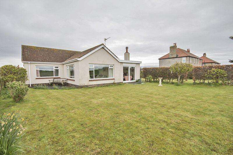 3 Bedrooms Detached Bungalow for sale in Holly Lodge, Links Road, Bamburgh