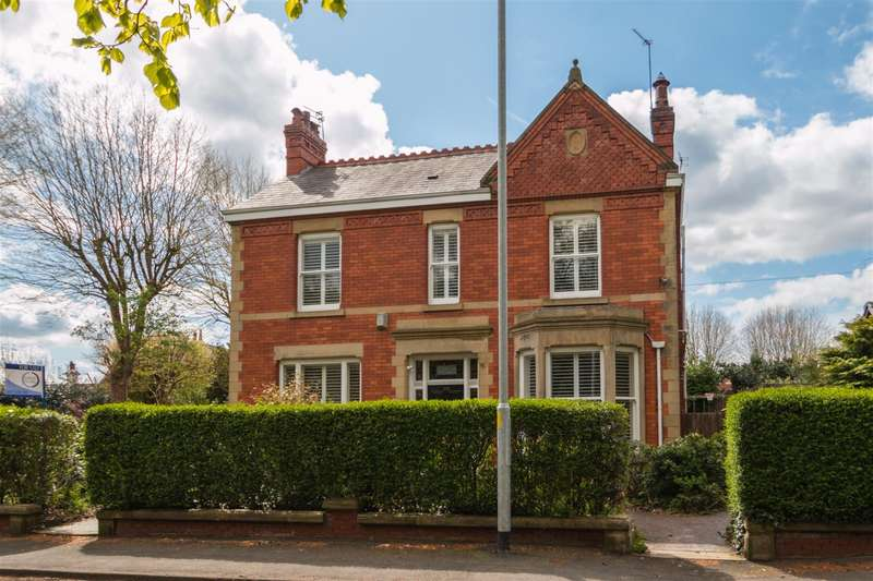 4 Bedrooms Detached House for sale in Walton Road, STOCKTON HEATH, Warrington, WA4