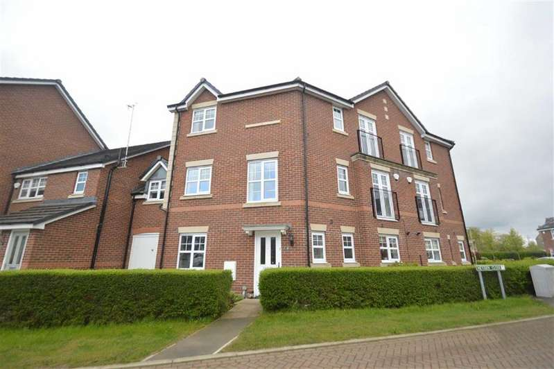 4 Bedrooms Town House for sale in Heyden Close, Macclesfield