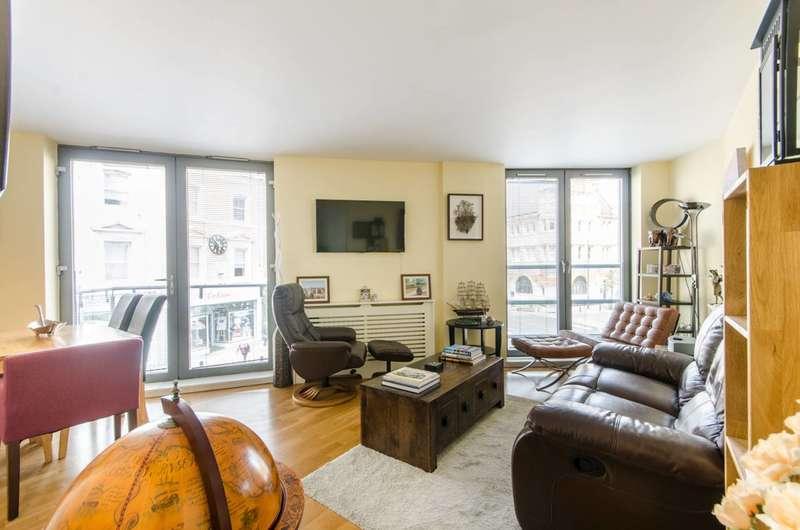 1 Bedroom Flat for sale in Wimbledon Hill Road, Wimbledon Village, SW19