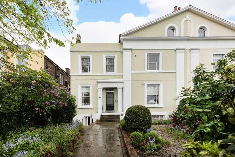 1 Bedroom Flat for sale in Shooters Hill Road Blackheath SE3