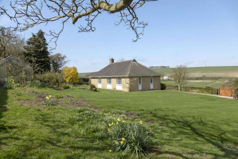 3 Bedrooms Detached Bungalow for sale in Orchard Cottage, North Ormsby, Louth, Lincolnshire, LN11